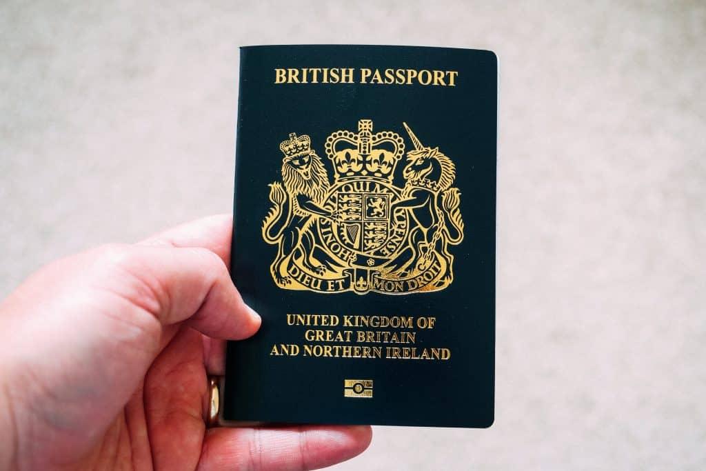 איך לעבוד בחו''ל ללא אזרחות