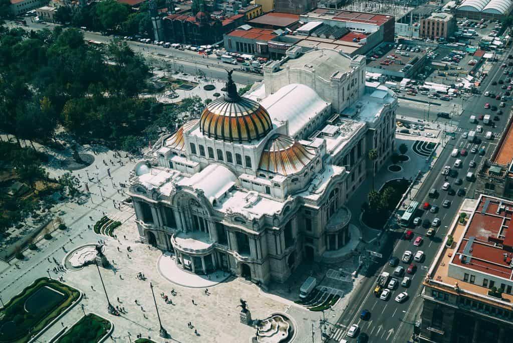 עבודה במקסיקו לצעירים