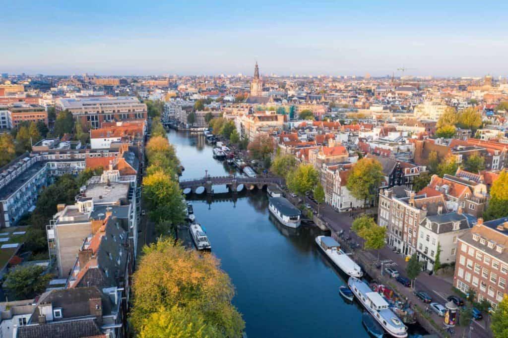 עגלות באמסטרדם